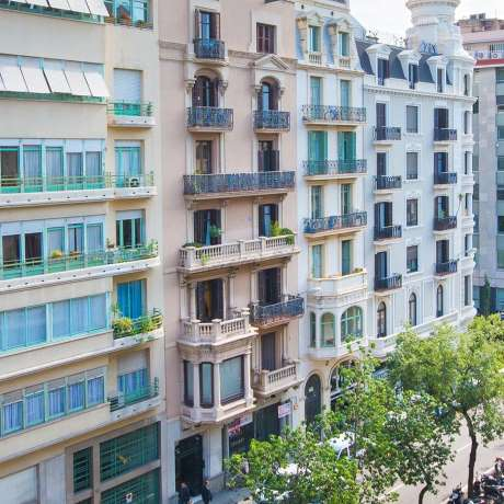 Commercial property in Barcelona around  1.000.000€